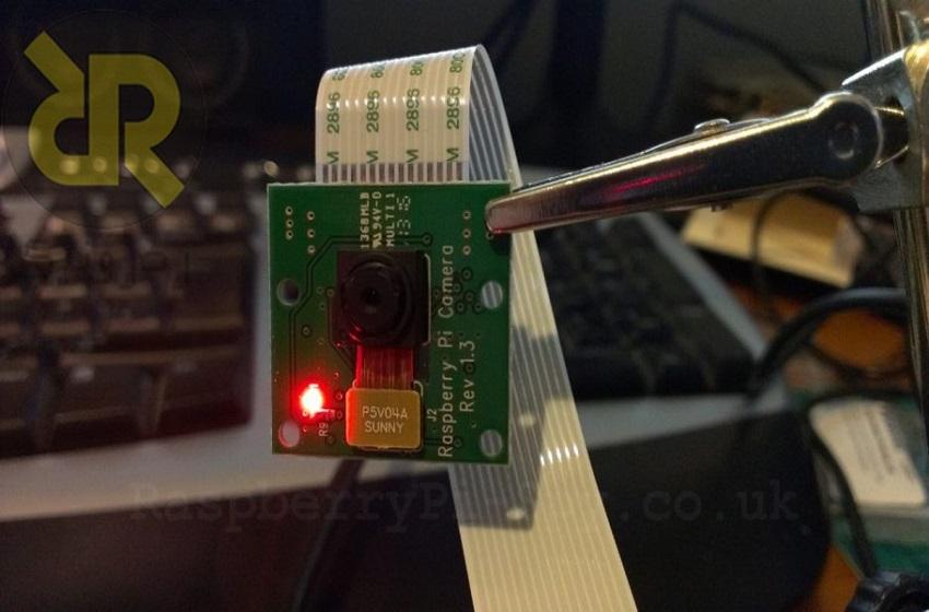 غیر فعال کردن LED دوربین Raspberry Pi